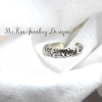 Floral engraved Sterling silver toe ring. Handmade metal smithed ring.