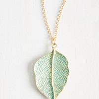 Leaf Your Worries Behind Necklace | Mod Retro Vintage Necklaces | ModCloth.com