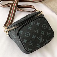 Louis Vuitton printed casual messenger bag with one shoulder cross-body bag