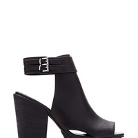 FOREVER 21 Faux Leather Cutout Booties Black