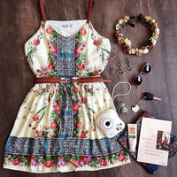 Casual Floral Printed Spaghetti Strap Mini Dress With Belt