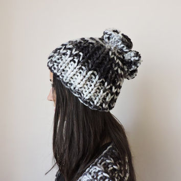 FREE SHIPPING Hat and scarf Knit hat Chunky cowl Beanie 2 pom poms Black and white Wool hand knitted hat Womens winter hat Ski hat Bobble
