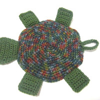 Crocheted Turtle Pot Holder in Green and Colonial Williamsburg Colors, Turtle Hot Pad, Turtle Trivet