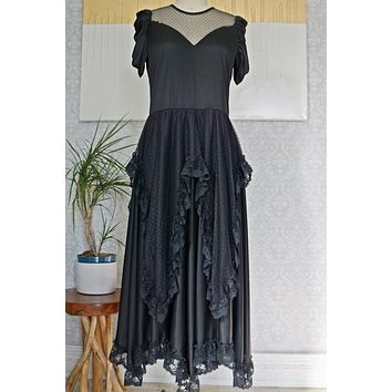 Vintage Frothy  Layered Lace Dress