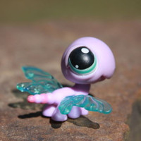 Littlest Pet Shop #316 Purple and Pink Dragonfly