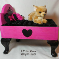 Pet Bed (dog or cat), Upcycled Foot Stool, Wood, 13.25x17x10m, princess bed