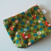 Green Zippered pouch 100% cotton eco-friendly bag