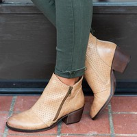 Wishing For Love Booties, Natural