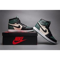 Air Jordan 1 Retro Black/Green Basketball Shoes 40-47
