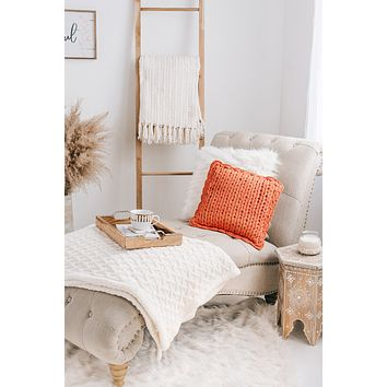 Chunky Knit Pillow (Coral)