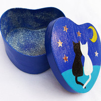 Painted Box, Heart Shaped, PERSONALIZABLE, initials, Cats in Love