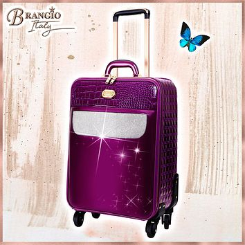Sleek and Steady Light Weight Spinner Luggage