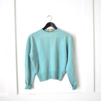 1950s cashmere sweater / mint green cropped jumper