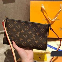 LV Louis Vuitton tide brand female models wild chain bag shoulder bag
