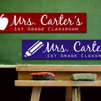 Teacher Sign Custom Name Painted Wood Sign Board - Personalized Letters with Class/School Design - Gift - Classroom Decor