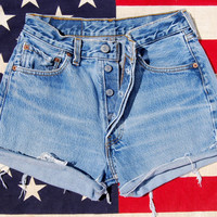 501 Levis High Waisted Shorts SMALL MED 80s Vintage Levi High Waisted Denim Shorts Light Wash Button Fly  Blue Jeans 1980 CutOffs 27 Waist