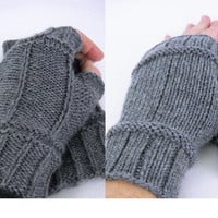 Merino wool fingerless gloves - reversible gloves - grey mittens - texting gloves - fingerless gloves - texting mittens - grey gloves