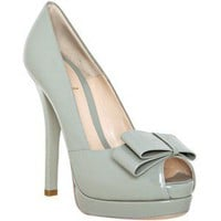 Fendi light grey patent bow detail platform pumps - Polyvore