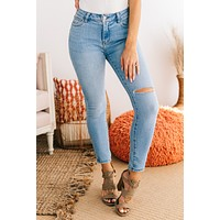Everyday Classic Mid Rise Skinny Jeans (Light)