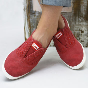 Chillax Washed Out Red Keds