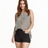 H&M Sleeveless Chiffon Blouse $12.99