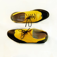 Wing Tip Shoes Size 10 Women or 8 Men Bright by RetroVintage123
