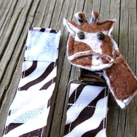 Baby Pacifier Giraffe Clip With Closure Options - Pacy Clips - Baby Shower Gifts - Baby Registry Gifts - Giraffe Baby Items - Safari - Zoo