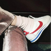 NIKE Light grey white red hook Fashion Cortez Forrest gump running lovers shoes