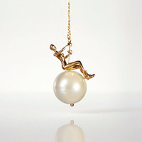 Swinging Ball Necklace - Gold