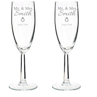 Set of 2 - Engraved Wedding Champagne Glass - Custom Name - Wedding Toasting Glasses with Ring Heart - Bride & Groom