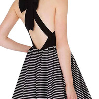 Cut-out V Neck Dress With Bowknot Back