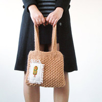 Beige handbag with a needlepoint feather - hand knitted purse