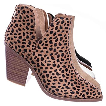 Upstream01 Block Heel Side Cutout Bootie - Womens Double V-Cut Ankle Boots