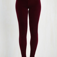 80s Skinny City Adventure Velvet Leggings in Merlot