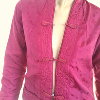 Vintage Fitted Fuchsia Chinese Silky Brocade Jacket With Fresh Open Neckline, Pockets, And Frog Closures