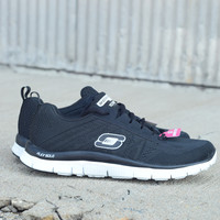 Flex Appeal with Memory Foam by Skechers {Black/White} | 11729/BKW