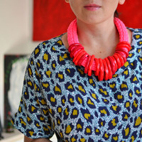 Red statement necklace/trendy jewelry/red necklace/statement necklace/urban fashion/2017 trends/neon necklace/knit necklace/bold necklace