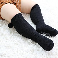 born Kids Girl Boy Anti-slip Baby Socks Hairball Cute infant Toddler socks with print Year's socks children knee socks