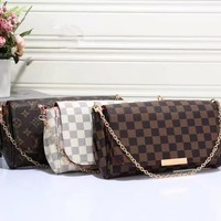 """Louis Vutitton"" Retro Tartan Logo Print Metal Chain Single Shoulder Messenger Bag Women Fashion Flip Small Square Bag"