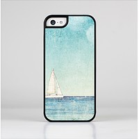 The Faded WaterColor Sail Boat Skin-Sert Case for the Apple iPhone 5c