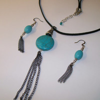TURQUOISE NECKLACE and Earring Set. Faux Turquoise and Antiqued Silver Pendant and Matching Earrings
