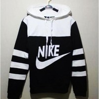 Nike Ladies Hoodie pocket health leisure suit