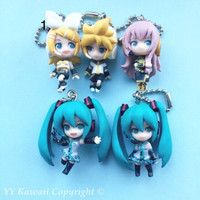 Official Vocaloid Swing Charms inclufing Hatsune Miku, Len, Rin and Luka