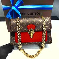 Louis Vuitton Fashion casual wild clap chain bag Messenger bag shoulder bag