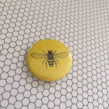 Manchester Worker Bee Beekeeper pin button badge - Yellow