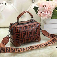 Fendi Tide brand double F letter embossed female shoulder bag diagonal female bag