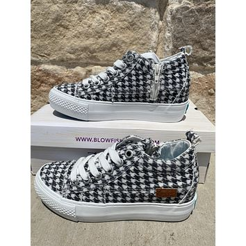 Black and White Central Park Blowfish Sneakers (6-10)