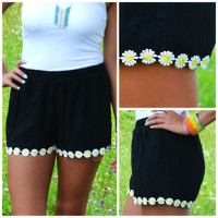 Field Day Black Daisy Trim Shorts