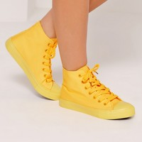 Missguided - High Top Lace Up Toe Cap Trainers Yellow