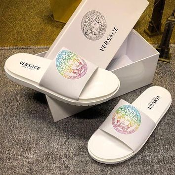 Versace hot sale new couple printed casual slippers